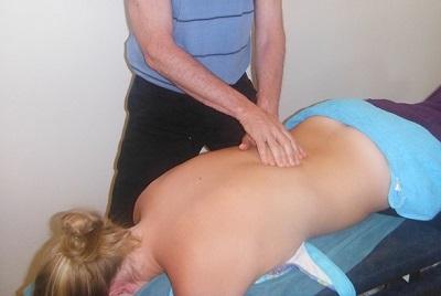 Manualtherapie bei akuten Rückenschmerzen