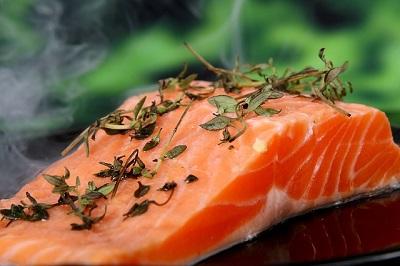 Fisch kann Entzündung der Wirbelsäule lindern