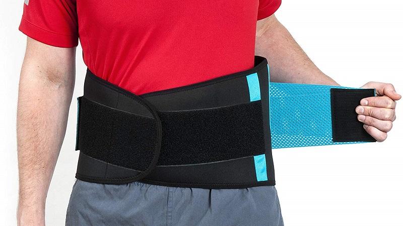 Rückenbandage stützt die Rückenmuskulatur